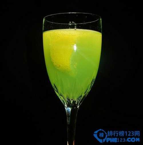 苦味酒的酒精含量_长岛冰茶酒精浓度 10款看起来很无害其实酒精含量很高的鸡尾酒 ...